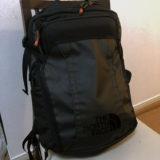 ノースフェイスの「ウェーブレングスパック」は登山用品良い所どりのベスト通勤バッグだ