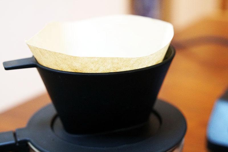 ツインバードコーヒーメーカー:フィルターをセット