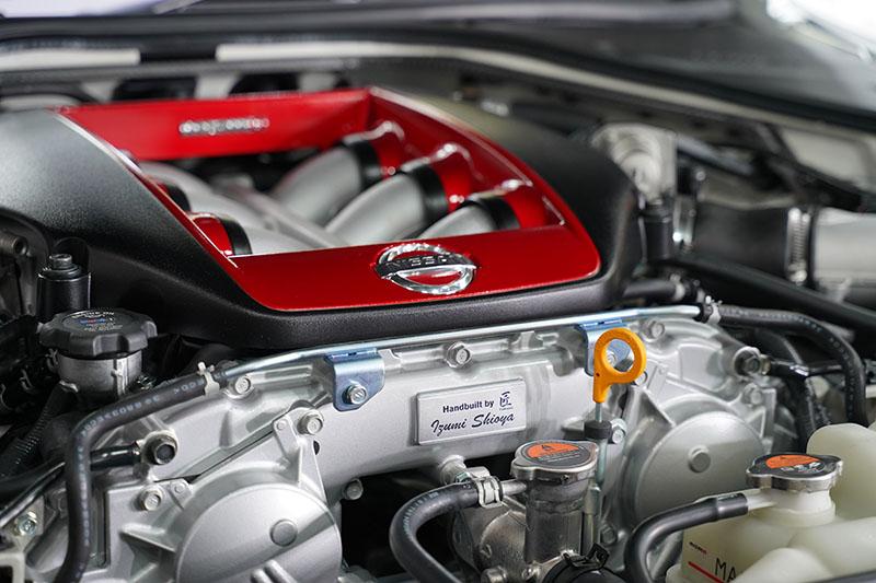 GT-R 2020 手組みのエンジン