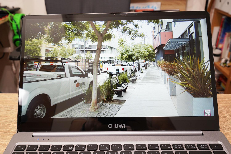 CHUWI LapBook Pro 14.1 液晶
