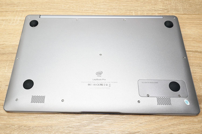 CHUWI LapBook Pro 14.1 底面