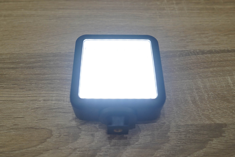 Godox Video Light 64 最大照度