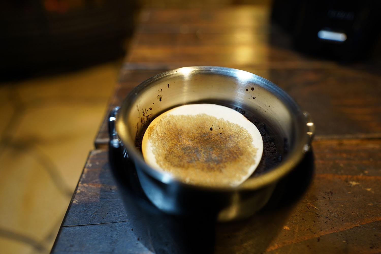 ウィズウェル Water Dripper コーヒー豆の上にも円形フィルターを乗せる