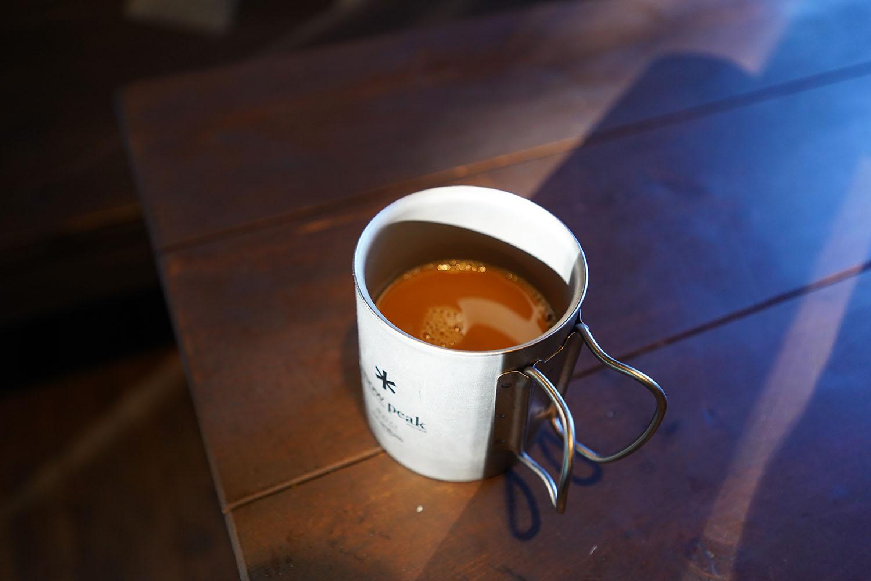 ウィズウェル Water Dripper 抽出されたコーヒーを飲んでみます