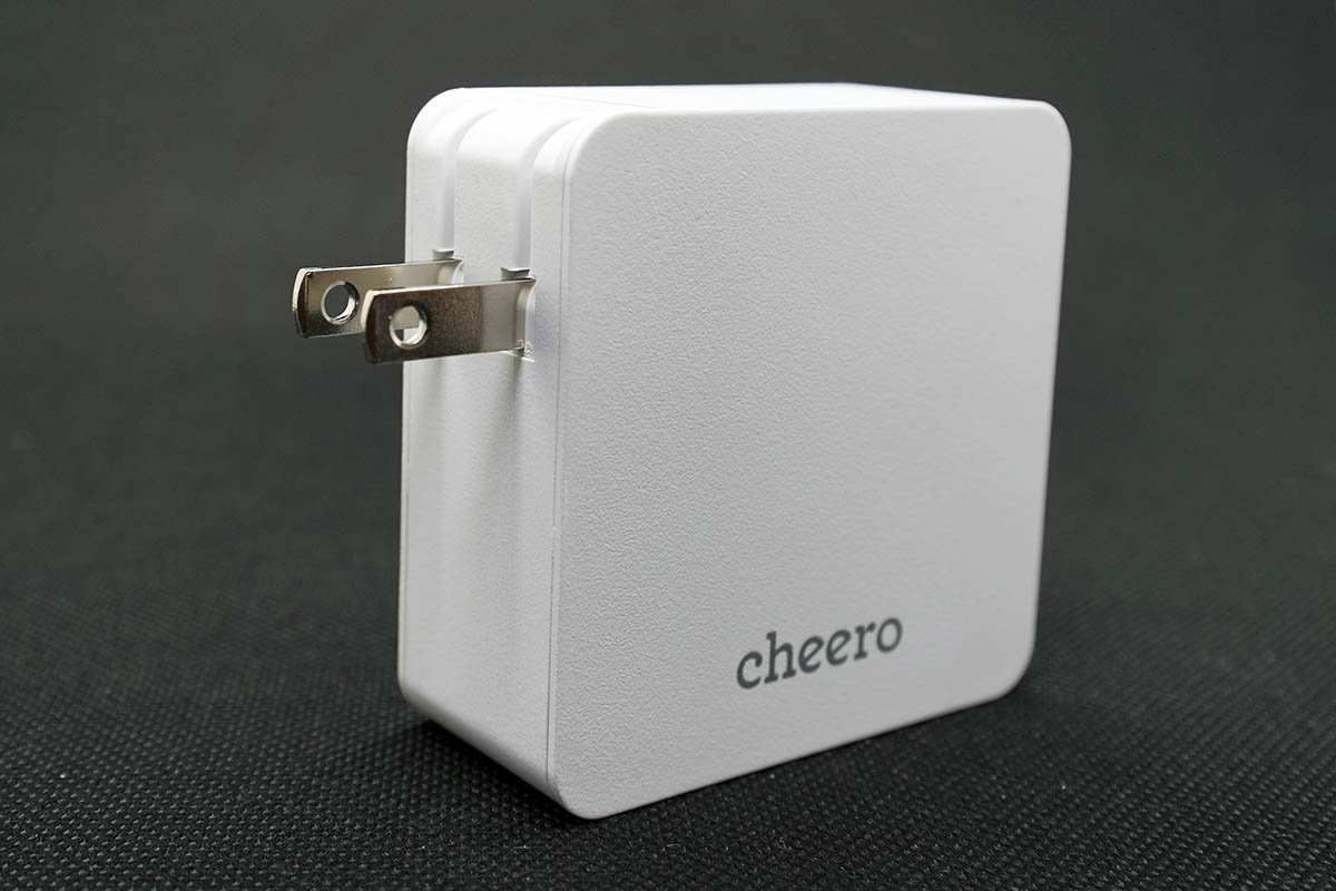 cheero 2 port PD Charger (PD 45W + USB) 電源プラグが開閉する
