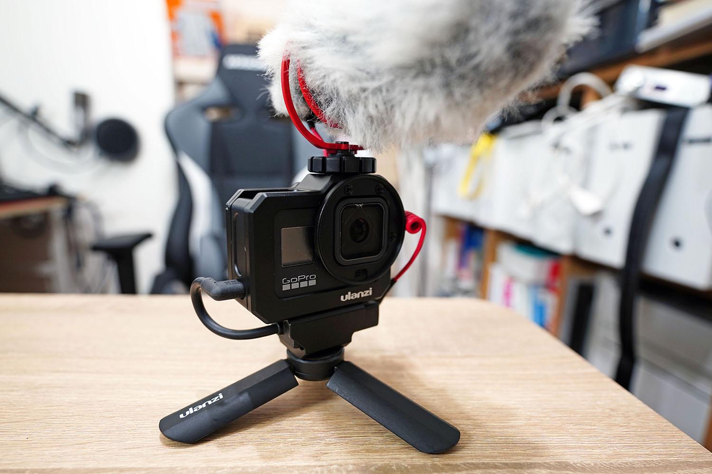 ulanzi G8-5 Vlog CageにRode VideoMicroを装着(正面)