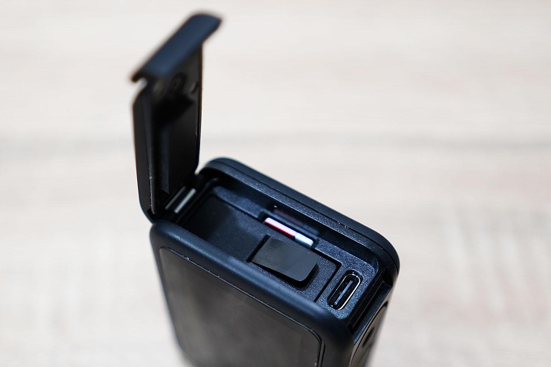 GoPro Hero 8の謎のフタの設計