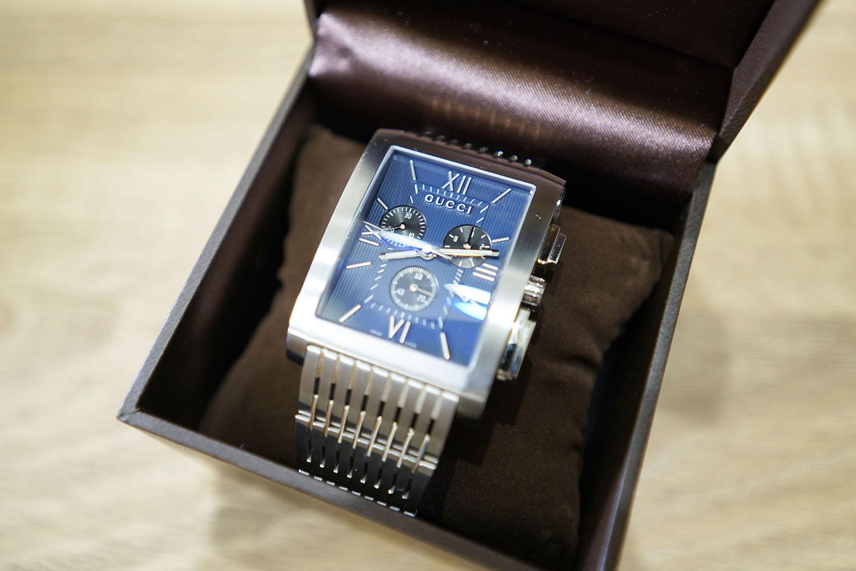 KARITOKE:時計が収納されているケースをオープンしたところ!