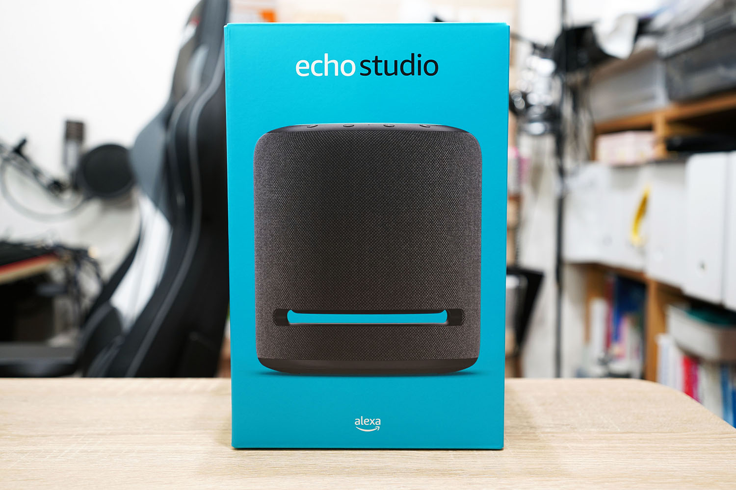 Amazon Echo Studio:パッケージ