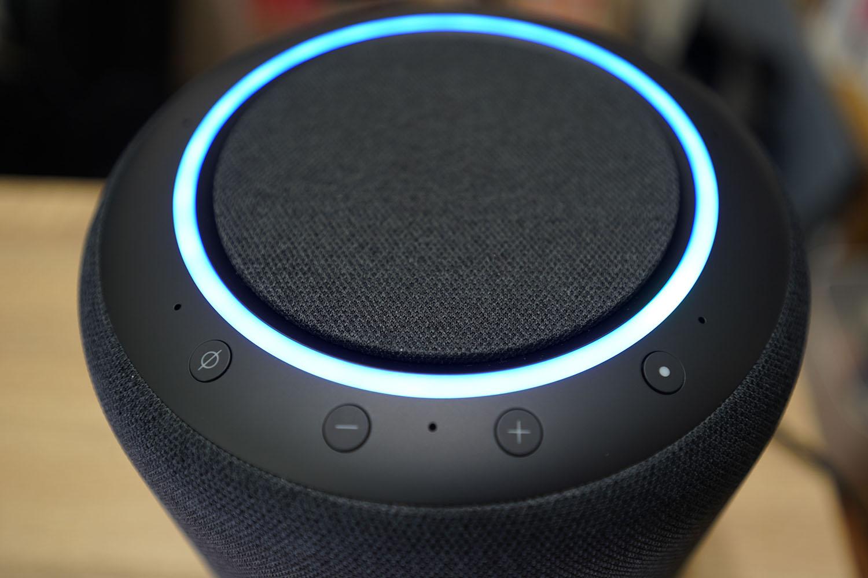 Amazon Echo Studioセットアップ完了:本体上部のリングが青く点灯
