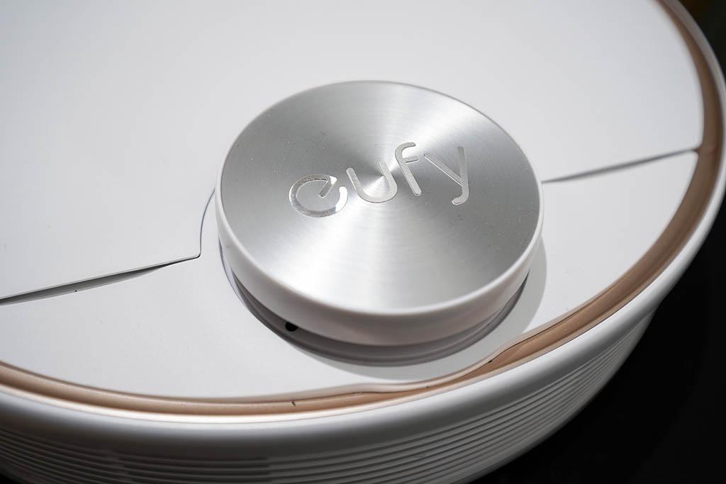 Anker Eufy L70 Hybrid:別角度