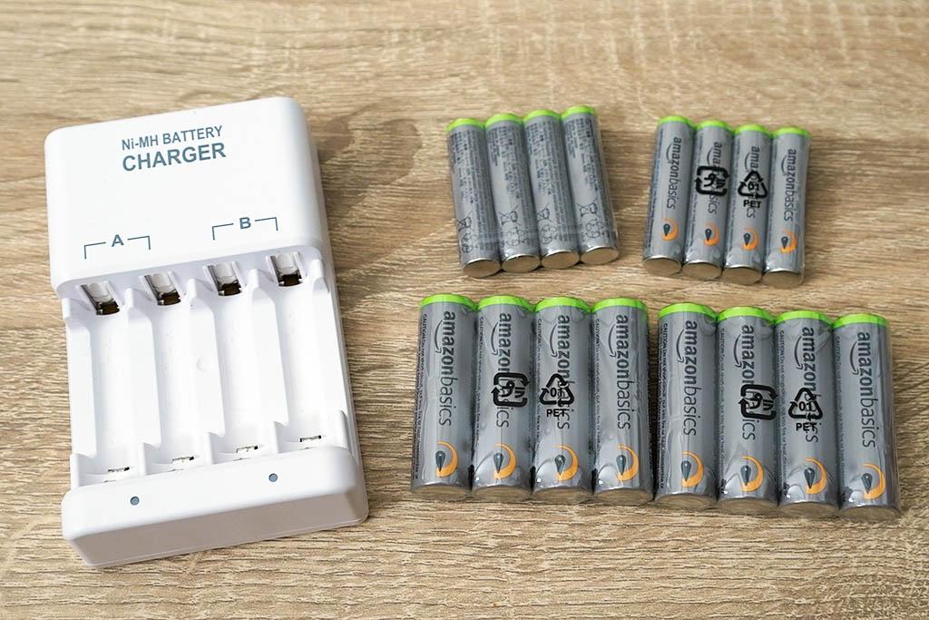 Amazon ベーシック:高容量充電式ニッケル水素電池 単四形(8本) 単三形(8本) 充電器セット 3,998円