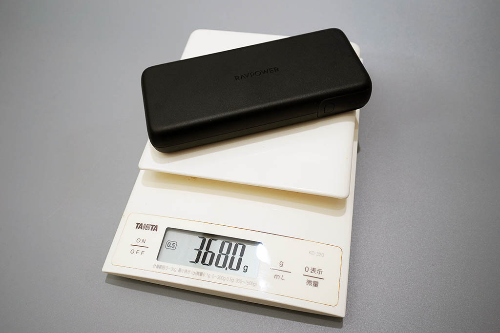 RAVPower RP-201:重さは386g