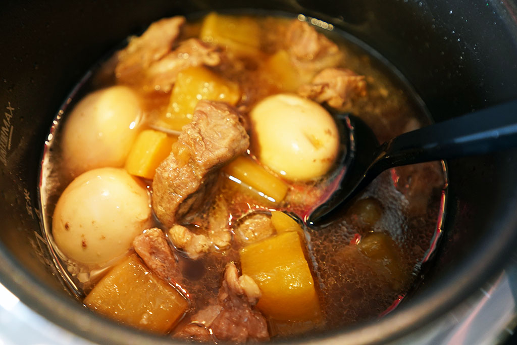 パナソニックの電気圧力鍋で調理した豚大根煮