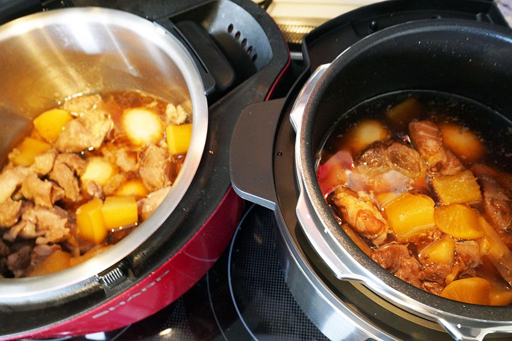完成した豚大根煮。左がホットクック、右がパナソニックの電気圧力鍋