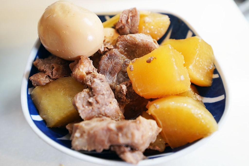 パナソニックの電気圧力鍋で調理した豚大根煮を食す