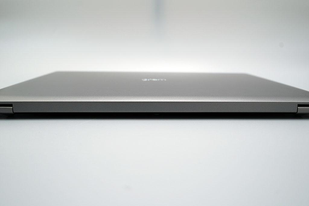 LG gram 17Z90N:本体背面