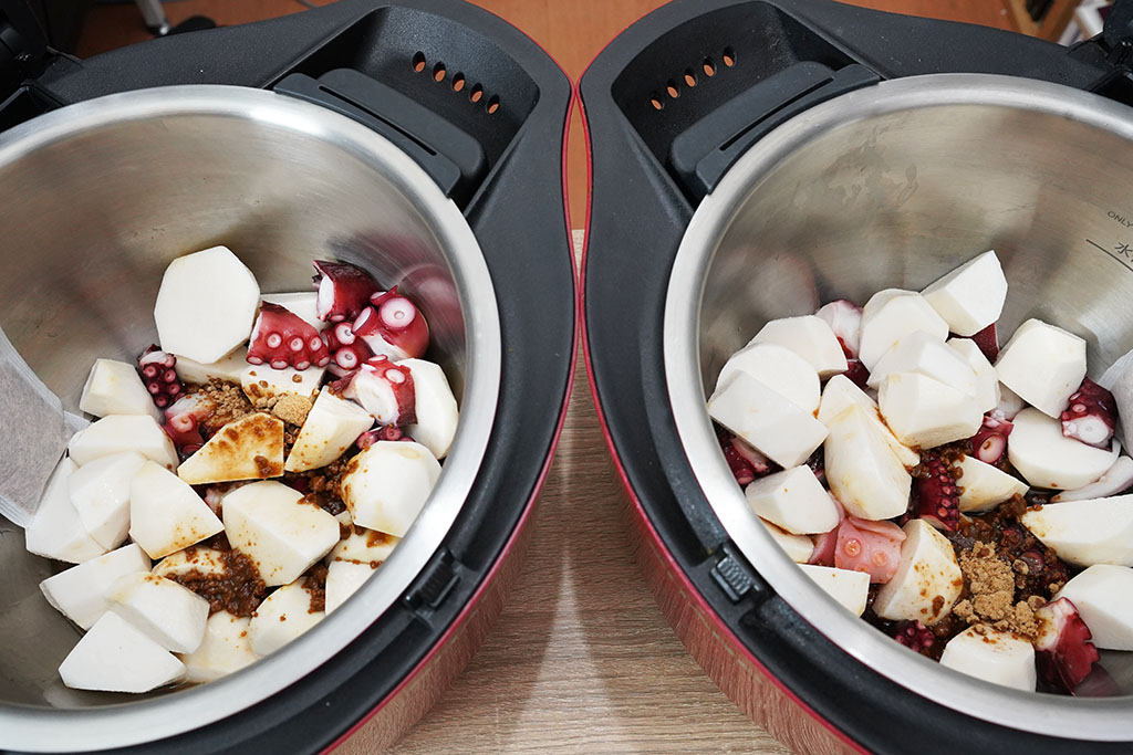 たこと里いもの煮物:材料を2台にセット