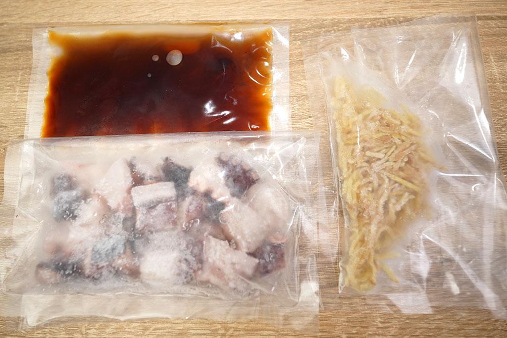 たこ飯の材料、たれ、しょうが、冷凍みずたこ