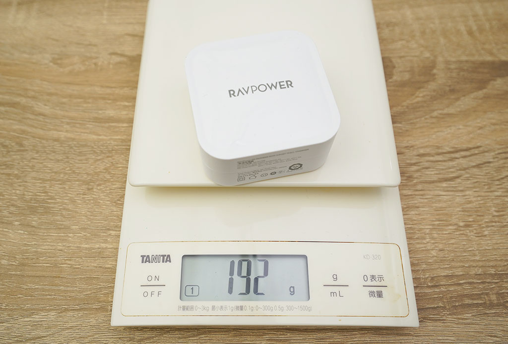 RAVPower RP-PC128:実測値は192g