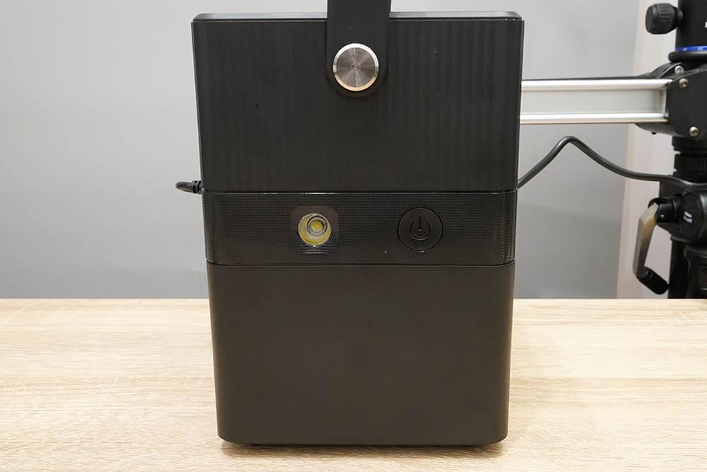 RP-PB187:電源ボタンとLEDライト