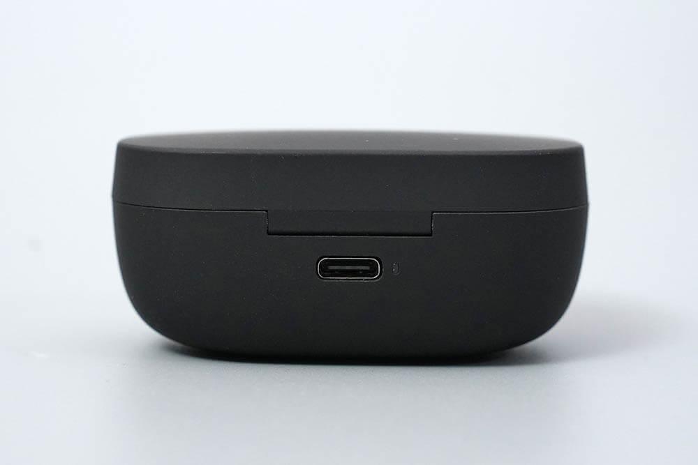 Truengine 3 SE:背面USB Type-Cコネクタ