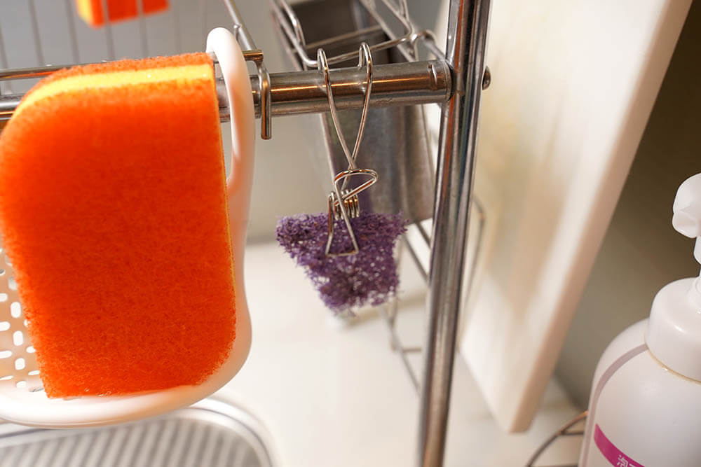 スコッチ・ブライト パープル・パワーパッドは小さく切って使うと便利です!